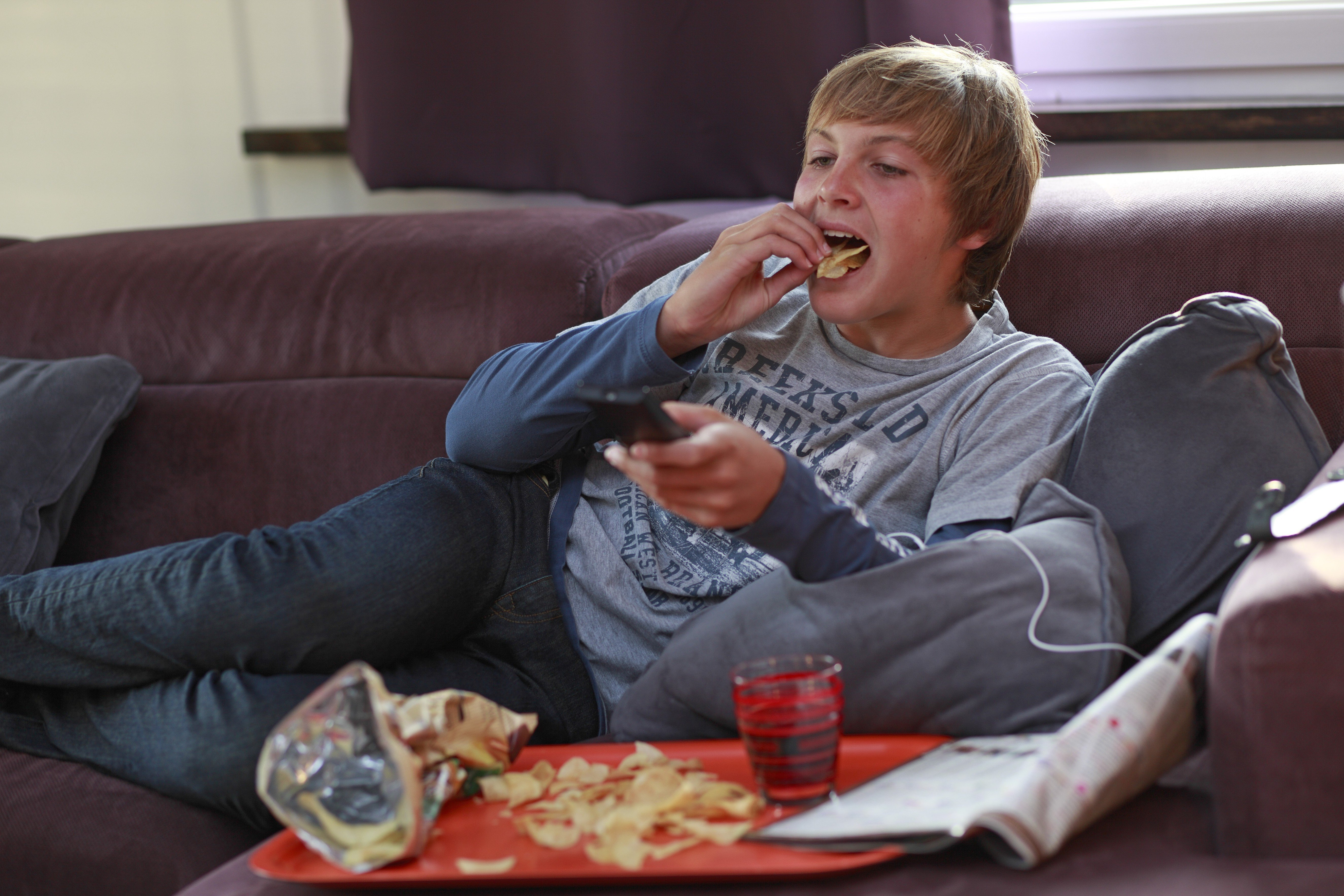 Teens Are Likely To Eat More Junk Food After Watching TV Ads